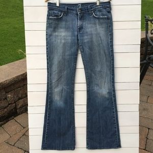 7FAM Distressed Bootcut Jeans Size 31